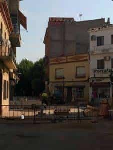 obras avenida y plaza cervantes en herencia fotos dcarrero herencia net 10 225x300 - La nueva Plaza Cervantes de Herencia pronto finalizará sus obras