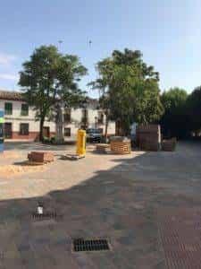 obras avenida y plaza cervantes en herencia fotos dcarrero herencia net 19 225x300 - La nueva Plaza Cervantes de Herencia pronto finalizará sus obras