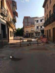 obras avenida y plaza cervantes en herencia fotos dcarrero herencia net 2 225x300 - La nueva Plaza Cervantes de Herencia pronto finalizará sus obras