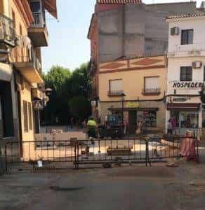 obras avenida y plaza cervantes en herencia fotos dcarrero herencia net 5 292x300 - La nueva Plaza Cervantes de Herencia pronto finalizará sus obras