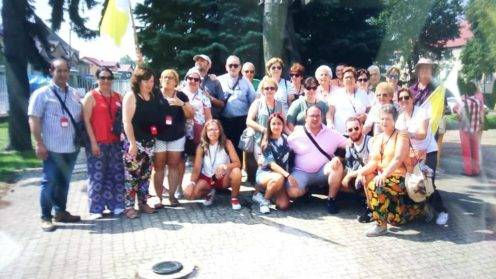 peregrinaci%C3%B3n parroquia de Herencia a Polonia5 496x279 - La parroquia de Herencia peregrina a Polonia
