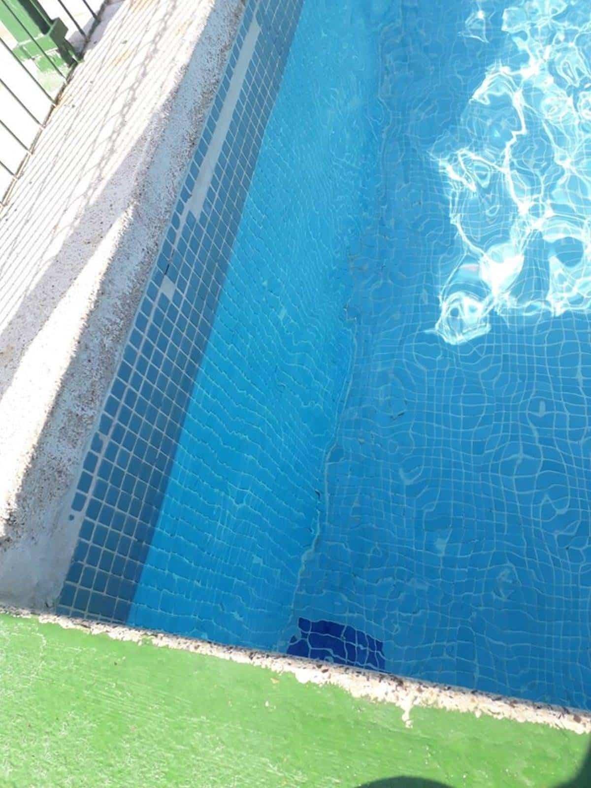 piscina municipal herencia foto psoe - PSOE responde al PP sobre el estado de la Piscina Municipal de Herencia