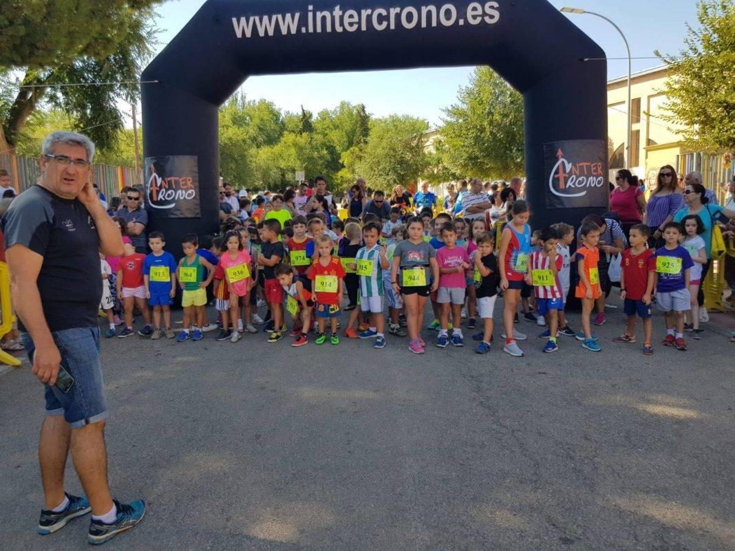 """Más de 500 corredores en la 42 Carrera Popular """"Villa de Herencia"""" 62"""