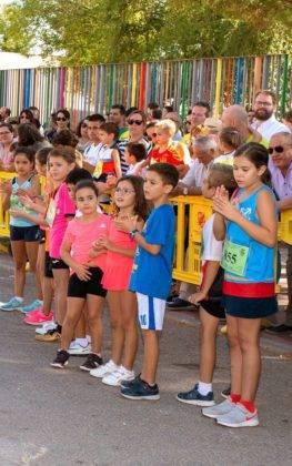 """carrera popular 2018 herencia corredores 14 263x420 - Más de 500 corredores en la 42 Carrera Popular """"Villa de Herencia"""""""
