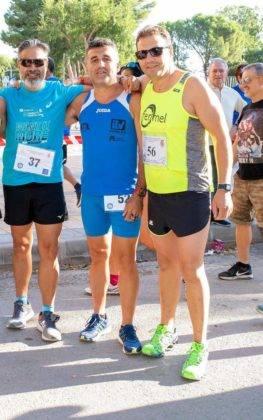 """carrera popular 2018 herencia corredores 2 263x420 - Más de 500 corredores en la 42 Carrera Popular """"Villa de Herencia"""""""