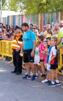 """carrera popular 2018 herencia corredores 6 263x420 - Más de 500 corredores en la 42 Carrera Popular """"Villa de Herencia"""""""