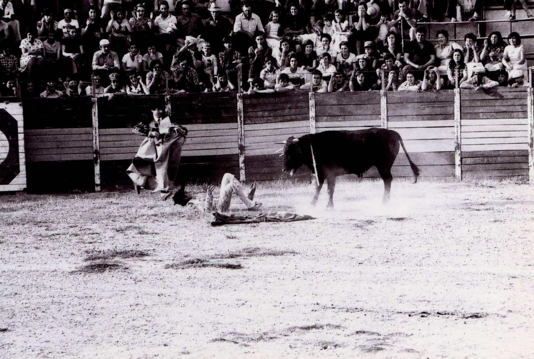 corrida de toros feria 1976 herencia 2 - Fotografías antiguas de Carnaval y Feria de Herencia de 1976