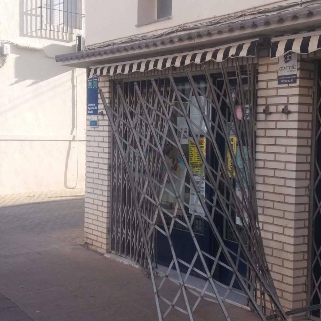 La administración de lotería de Herencia sufre un intento de robo de madrugada 1