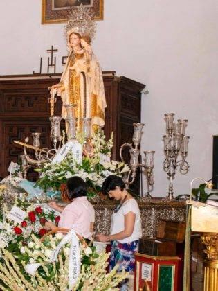 Galería de fotos de la ofrenda floral a la Virgen de la Merced 39