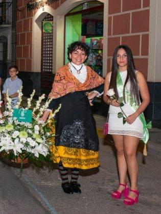 Galería de fotos de la ofrenda floral a la Virgen de la Merced 43