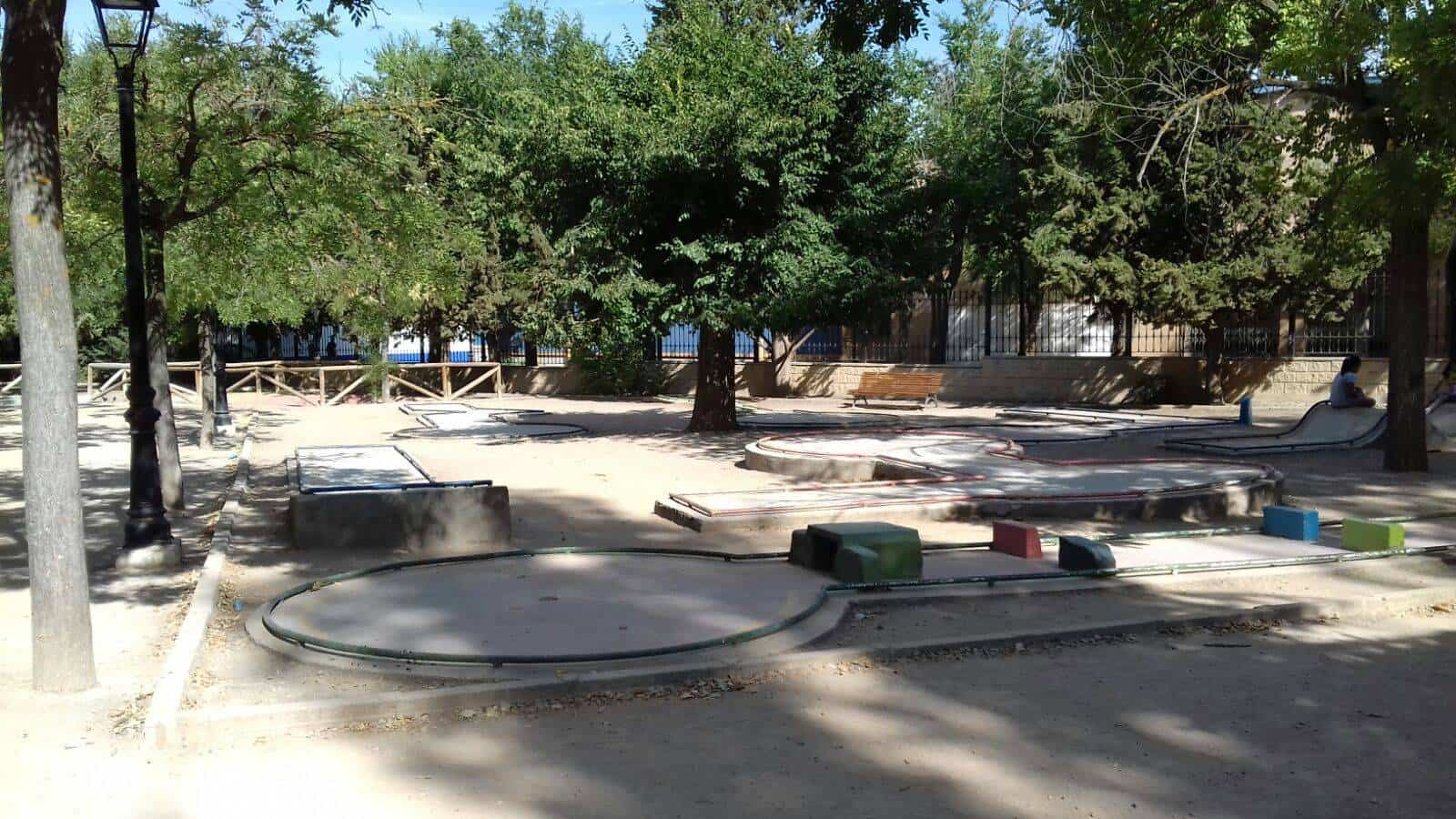 pistas de minigolf de Herencia8 - El sábado se disputará el III torneo de minigolf MAESA