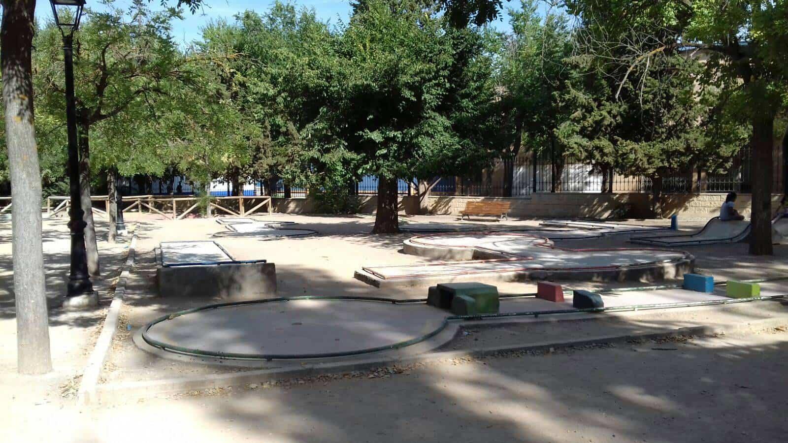 El sábado se disputará el III torneo de minigolf MAESA 4