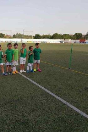 Presentación de las plantillas del primer equipo y del juvenil del C.D. Herencia C.F. 11