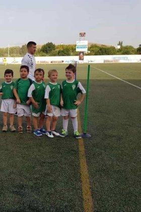presentancion equipos futbol herencia 16 280x420 - Presentación de las plantillas del primer equipo y del juvenil del C.D. Herencia C.F.