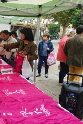 dia mundial contra el cancer de mama en Herencia 3 280x420 - Herencia se suma al rosa en el Día Mundial Contra el Cáncer de Mama