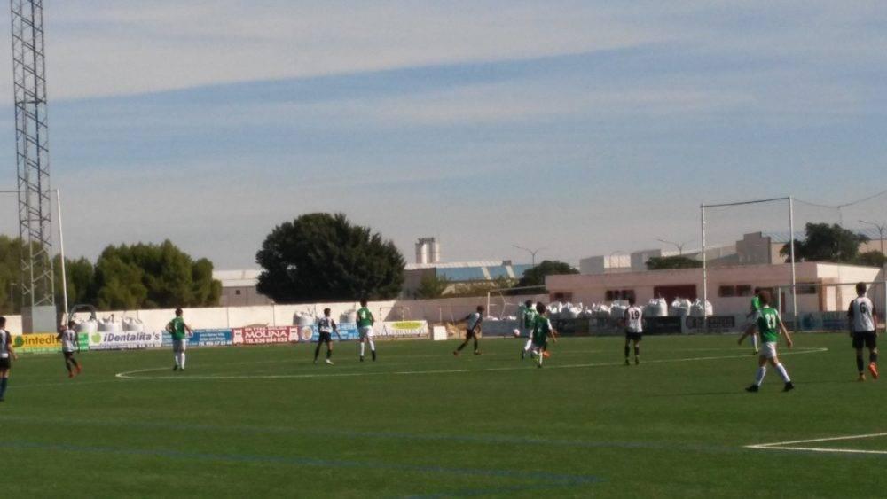 El fútbol y balonmano de las Escuelas Deportivas preparando las competiciones 3