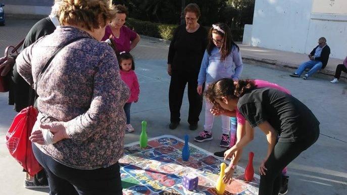 juegos intergeneracionales herencia 1 687x386 - Clausurada la Semana del Mayor en Herencia