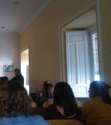 primeros auxilios infancia herencia 2 373x420 - Celebrada una charla de primeros auxilios en la infancia en Herencia