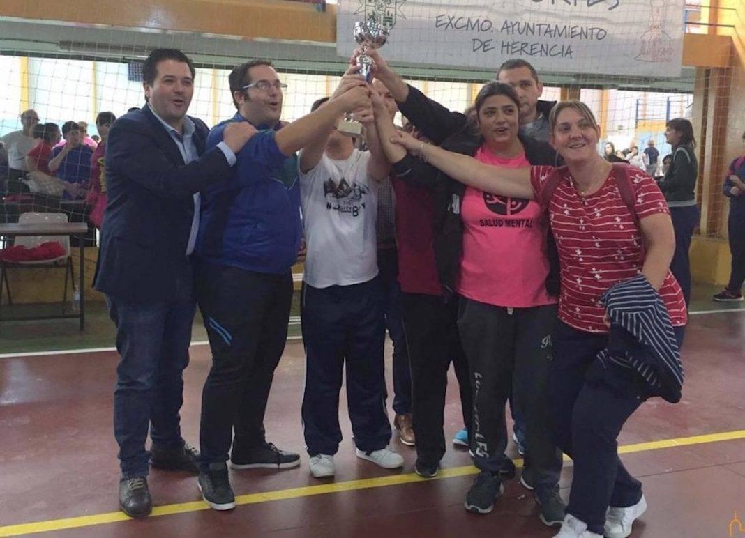Celebrada en Herencia una jornada deportiva con 400 usuarios de los centros ocupacionales de la provincia 4