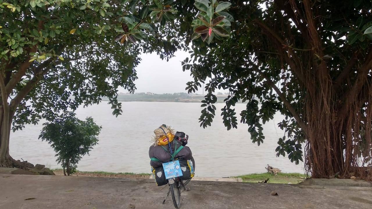 Perlé llegado a Hanoi, capital vietnamita. Etapas 436 a 445 73