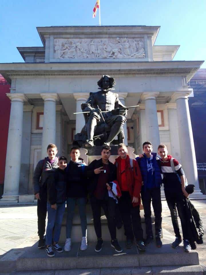 Alumnos del seminario menor mercedario en Madrid2 - El Seminario Menor Mercedario de excursión en el museo del Prado