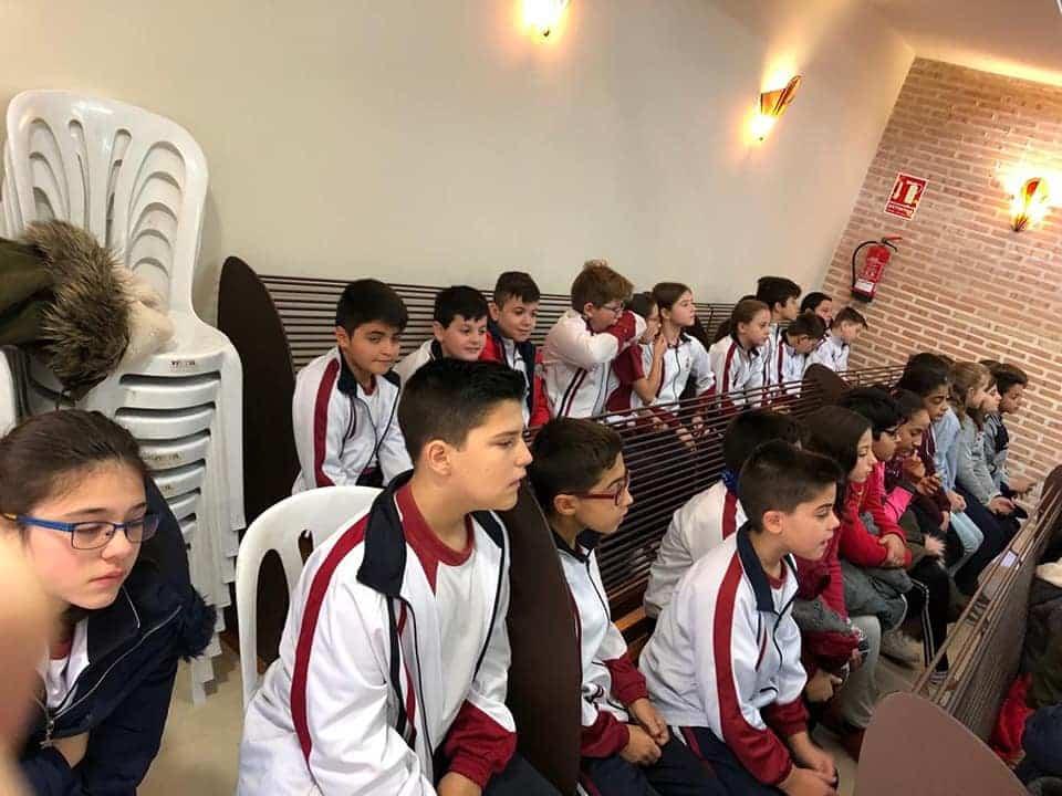 Alumnos del colegio Mercedarias de Herencia visitan el Ayuntamiento de Herencia 5