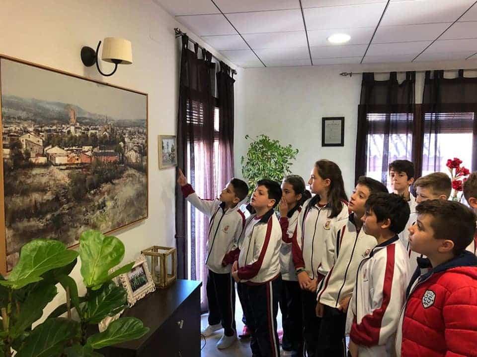 Alumnos del colegio Mercedarias de Herencia visitan el Ayuntamiento de Herencia 4
