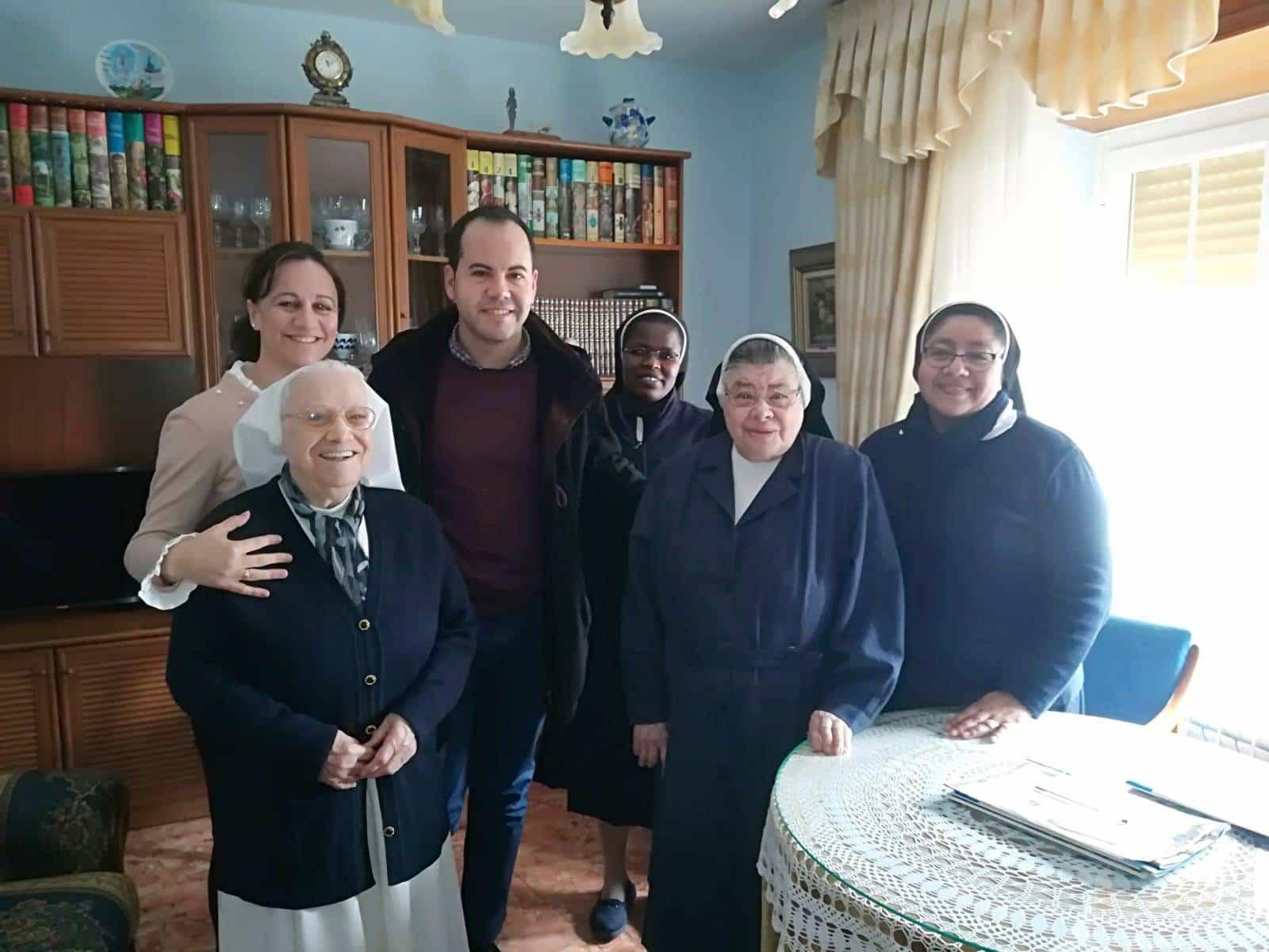 asilo residencia herencia hermanas franciscanas purisima concepcion - Visita del alcalde a la Residencia San Francisco en Herencia