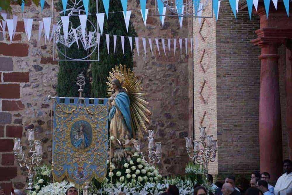 Fotografías de la procesión del día dedicado a María Inmaculada en Herencia 3
