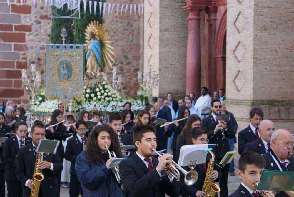 Fotografías de la procesión del día dedicado a María Inmaculada en Herencia 8
