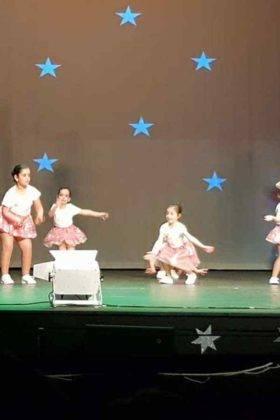 Gala de Navidad de Gimnasia Rítmica, Baile Activo y Danza 4