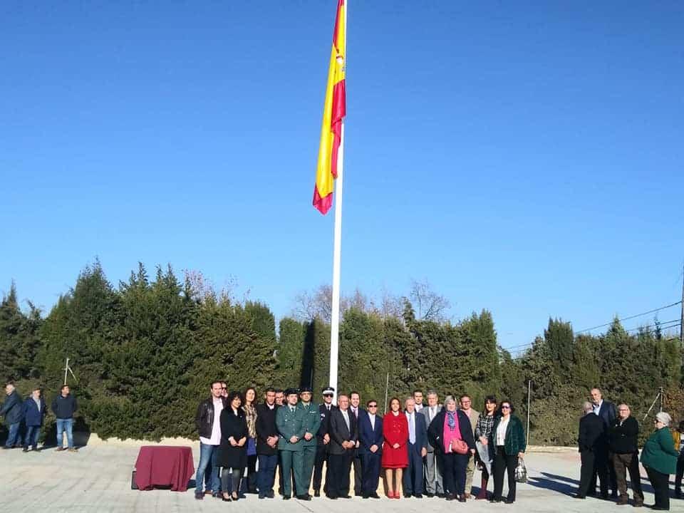 Izada de la bandera de España por los 40 años de la Constitución 5