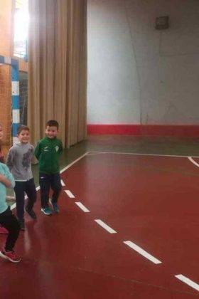"""jugando balonmano herencia navidad 2 280x420 - Navidades deportivas celebró """"Jugando al Balonmano"""""""