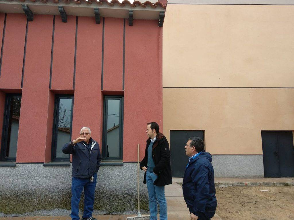 obras patio posterior Escuela de Música de Herencia2 - Acometido el acabado del patio posterior al aire libre de la Escuela de Música