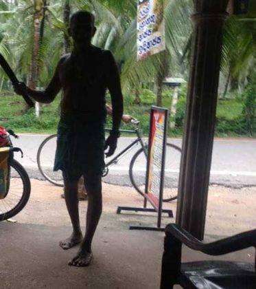 viaje de perle por el mundo elias por Sri Lanka 40 373x420 - Perlé, por avatares del destino, recorriendo la isla de Ceilán.