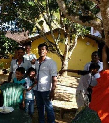viaje de perle por el mundo elias por Sri Lanka 57 373x420 - Perlé, por avatares del destino, recorriendo la isla de Ceilán.