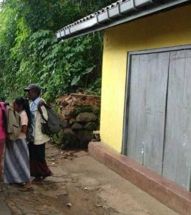 viaje de perle por el mundo elias por Sri Lanka 61 373x420 - Perlé, por avatares del destino, recorriendo la isla de Ceilán.