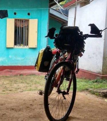 viaje de perle por el mundo elias por Sri Lanka 79 373x420 - Perlé, por avatares del destino, recorriendo la isla de Ceilán.