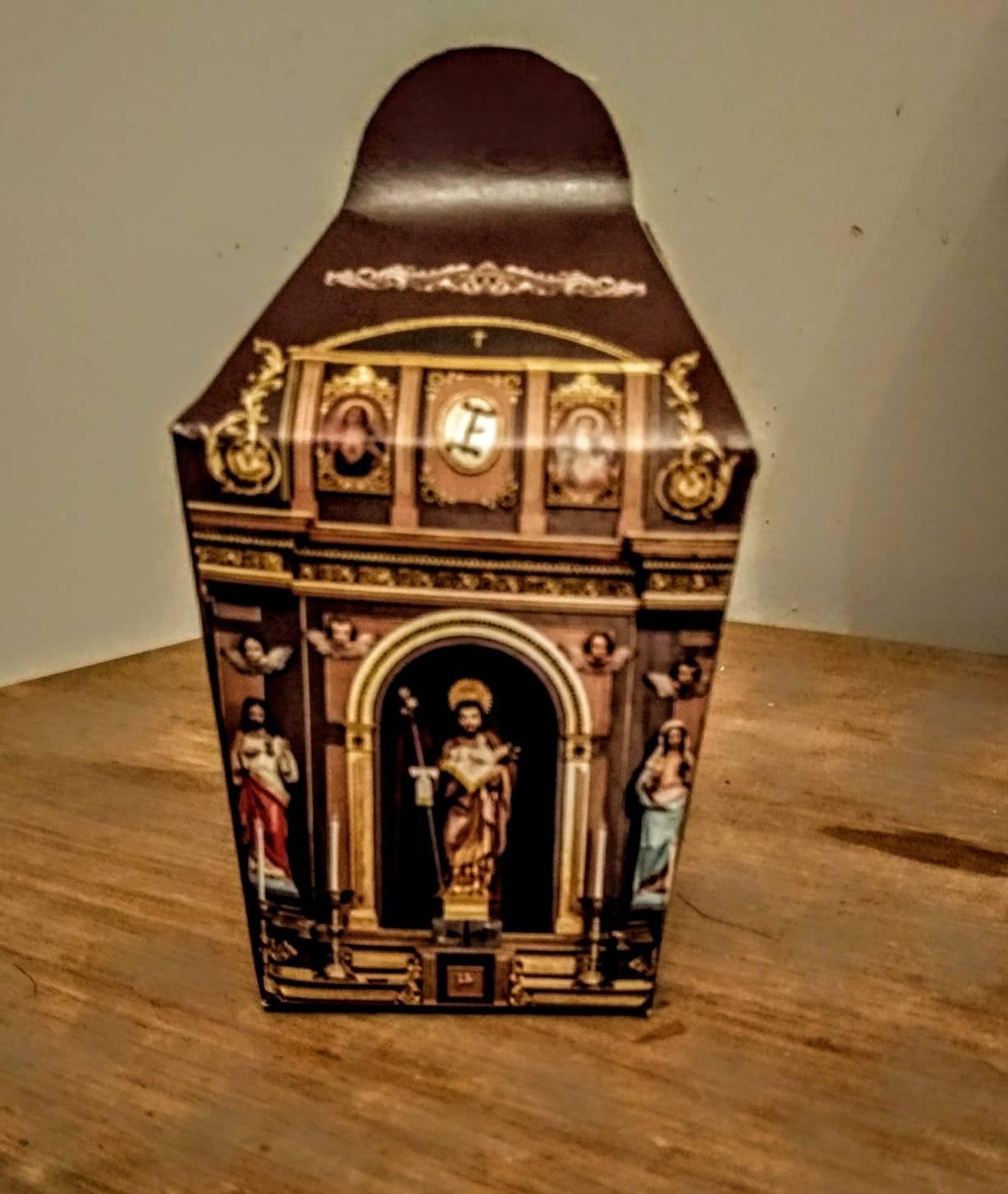 capillas calendario de San Jos%C3%A9 de Herencia1 - La hermandad de San José realiza la donación de capillas-calendario a las residencias de la localidad