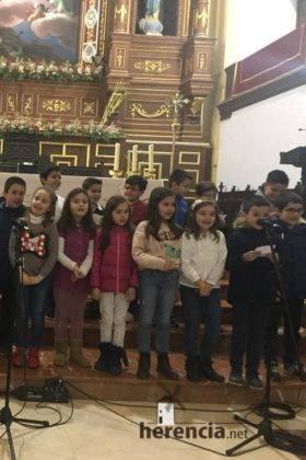 Galería del Festival navideño de villancicos en la parroquia de Herencia 17