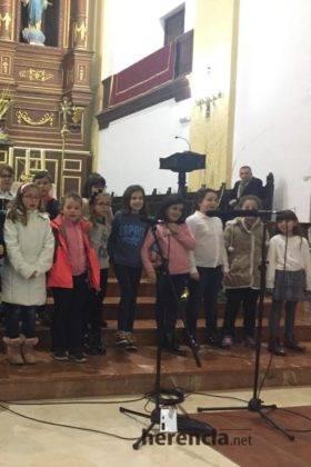Galería del Festival navideño de villancicos en la parroquia de Herencia 18