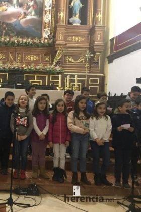 Galería del Festival navideño de villancicos en la parroquia de Herencia 19