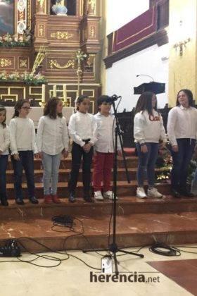 Galería del Festival navideño de villancicos en la parroquia de Herencia 26