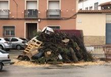 Todo listo para la hoguera de San Antón en Herencia