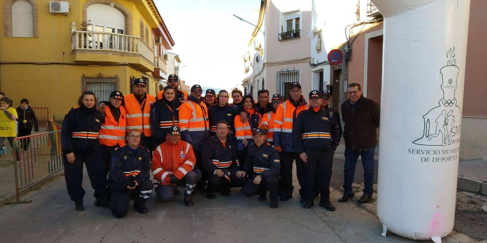 proteccion civil en carrera popular san anton 2019 - Protección civil colabora con el preventivo de la XVIII Carrera Popular de San Antón