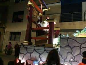 reyes magos 2019 herencia 4 300x225 - Los Reyes Magos de Oriente repartieron ilusión en Herencia