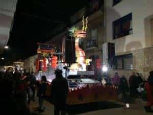 reyes magos 2019 herencia 8 300x225 - Los Reyes Magos de Oriente repartieron ilusión en Herencia
