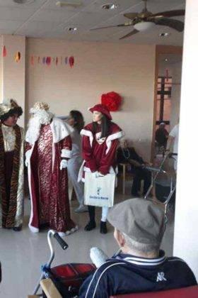 reyes magos herencia en residencia merced 9 280x420 - Los Reyes Magos visitaron la Residencia de la Merced
