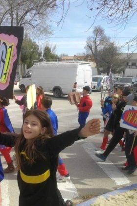 Desfile Escolar del CEIP Carrasco Alcalde 4 280x420 - Fotografías del Desfile Escolar de Carnaval del CEIP Carrasco Alcalde