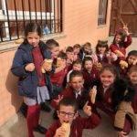 El Colegio Nuestra Señora de las Mercedes celebra en día del bocadillo en favor de Manos Unidad 15